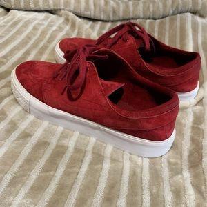 🖤 Nike Stefan Janoski Suede Shoes ❤️